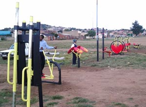 soweto-outdoor-gym-(1)